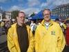 Tomi ja Juuso torilla 16.9.2012